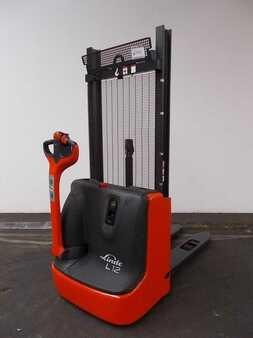 Ruční vysokozdvižný vozík Linde L12-1172-01