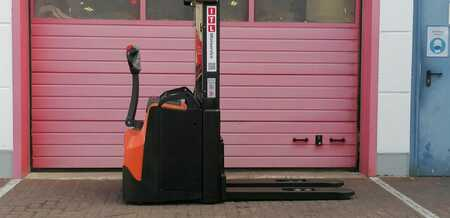 Pallet Stackers BT SWE160L