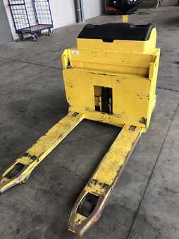 Elektrische palletwagens Hyster P 2.5     950 mm  Breit