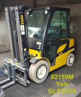 Treibgasstapler Yale GLP 25 VX
