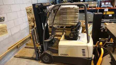 Elektromos 3 kerekű Crown SC5320-1.6 TT5740