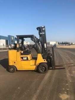 4 Wheels CAT Lift Trucks GC55KSTR