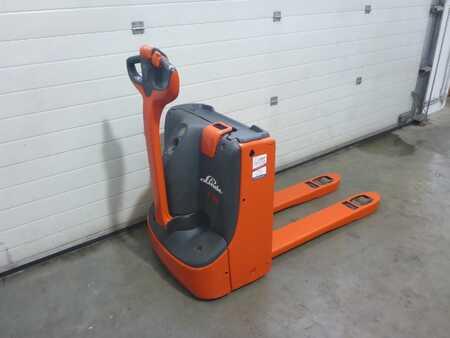 Čtyřcestný vysokozdvižný vozík Combilift C3000