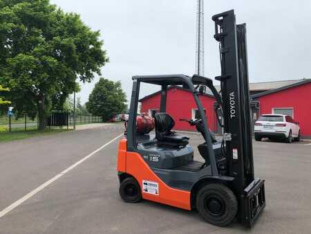 Treibgasstapler Toyota 02-8FGF15