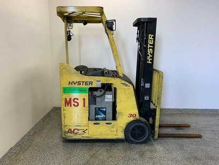 Stackers stand-on Hyster E30HSD3