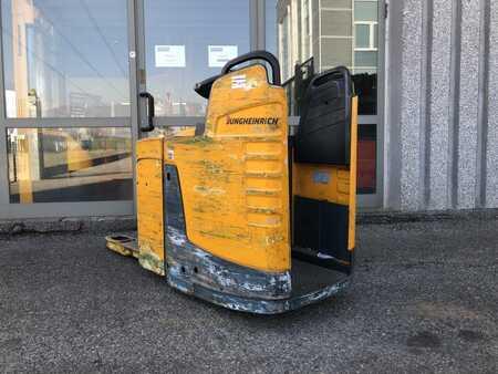 Lavtløftende truck med sete Jungheinrich ERE 225