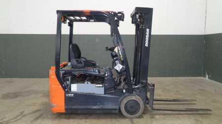 3 Wheels Electric Doosan B20T-7