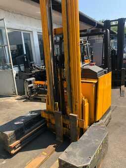 Carrello retrattile Jungheinrich ETV 325 QA 25 G 115-680 DZ