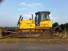 Telaketjupuskutraktorit New Holland Construction D150